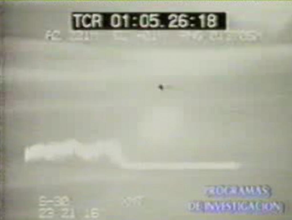 UFO es perseguido por avion militar del área 51